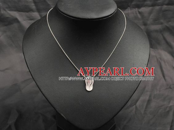 Classic Design Cute Pink Shell Slipper Shape Pendant Necklace with Metal Chain