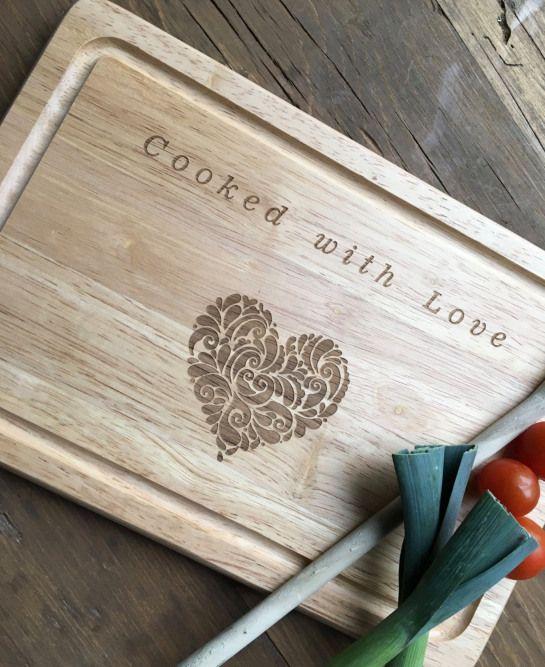 Chopping Board Wooden Chopping Board Personalised Chopping Board Wedding Gift In 2020 Personalised Chopping Board Personalised Wooden Gifts Wood Chopping Board