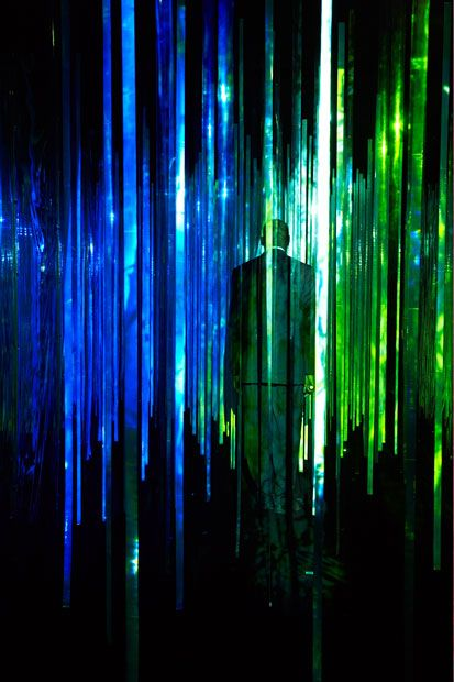 Installation Yann Kersalé, plasticien lumière  www.ykersale.com