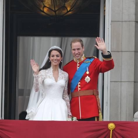 Photographic Print: The Royal Wedding of Prince William and Kate Middleton in London, Friday April 29th, 2011 : 16x16in