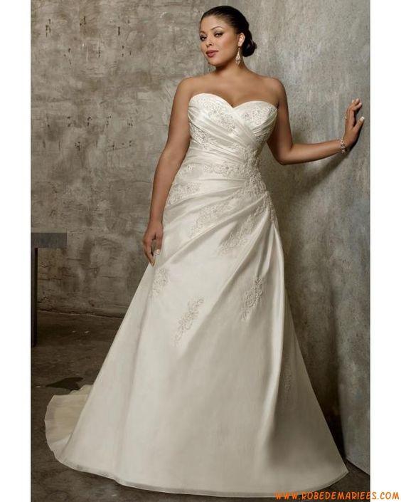 Robe de mariée grande taille appliqué col en coeur