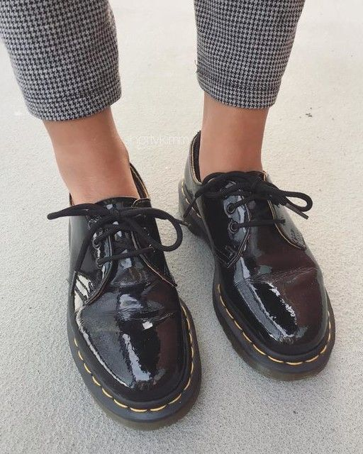 Dr Martens 1461 Patent Women S Leather Oxford Shoes In 2020 Business Casual Shoes Women Leather Shoes Woman Oxfords Business Casual Shoes