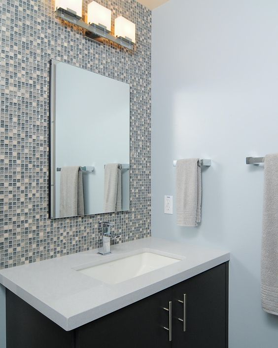 Bathroom Wall Accent Tiles For Florida Condo: Glass Tiled Wall Behind Vanity