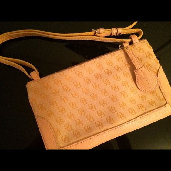 AUTHENTIC Dooney & Bourke Signature Barrel Bag Dooney & Bourke Signature Yellow Barrel Bag Dooney & Bourke Bags