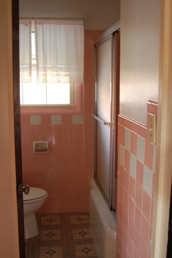 Pink Bathroom is Pink | Flickr - Photo Sharing!