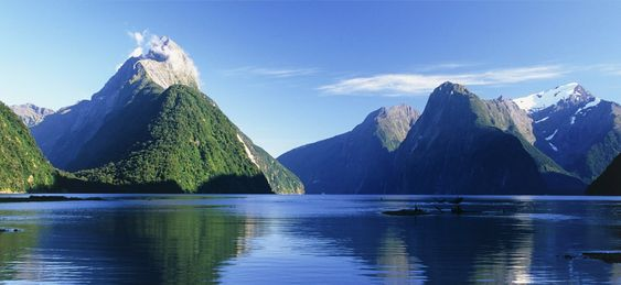 Breathtaking Milford Sound, New Zealand.