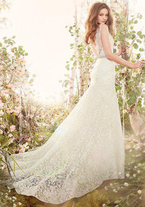 Jim Hjelm 8402 Wedding Dress - The Knot
