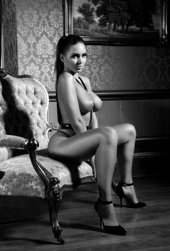 #Sabine Jemeljanova #photoshopexpress #De color a blanco y negro