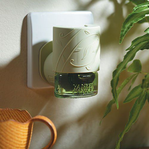 Yankee Candle Electric Scent Plug In Air Freshner Base Unit Yankee Candle Scents Yankee Candle Air Freshner