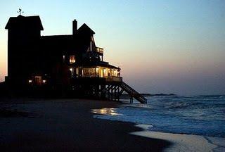 I want a house like this !!!  movie Noites de Tormenta