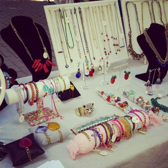 Hoy en sevilla mercadillo macalar bisuteria jewelry complementos chic