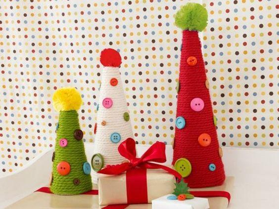 Weihnachtsbaum Knöpfe Seil schöne Bastelidee