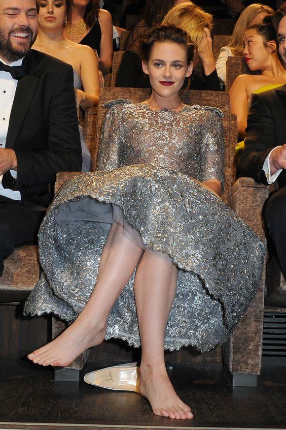 Kristen Stewart's Feet << wikiFeet