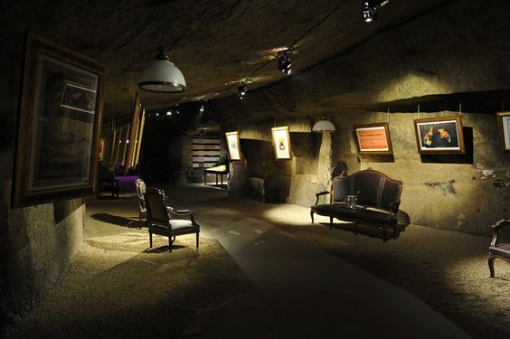 Une visite qui commence par l'histoire : la galerie Royal.