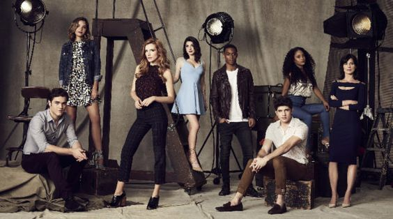 When Famous In Love season one premieres on Freeform in April, the network will release the entire first season online. Freeform previously did this with the Beyond TV series and it seemed to work, because the show was renewed. What do you think of this new release model?: