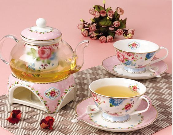 Enjoy Spring. Love the flowers. Simply take this flower bone china tea set and make your day floris Specifications: - Set includes 1 teapot, 2 cups, 2 saucers, 2 spoons - Material: Fine bone china - D
