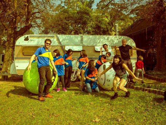 Grupo de músicos e seus filhos fazem show no dia 20 de setembro