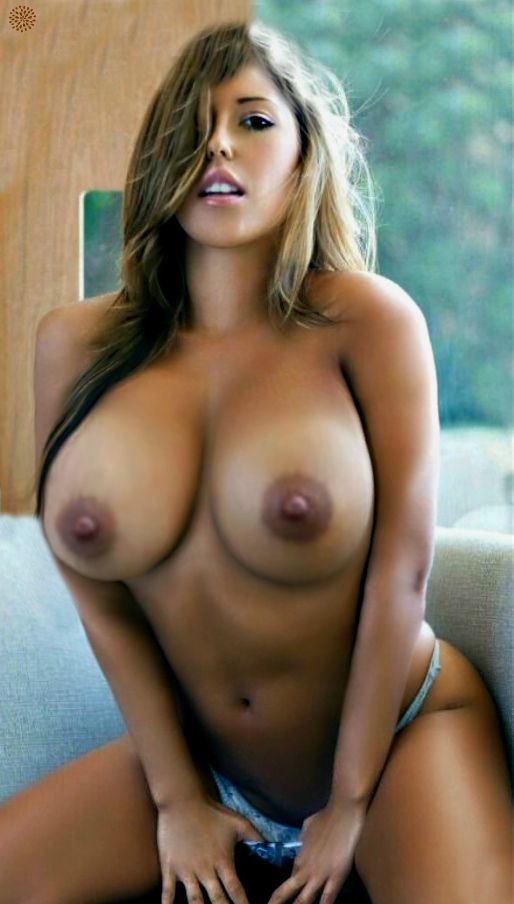 Hot Naked Women Next Door