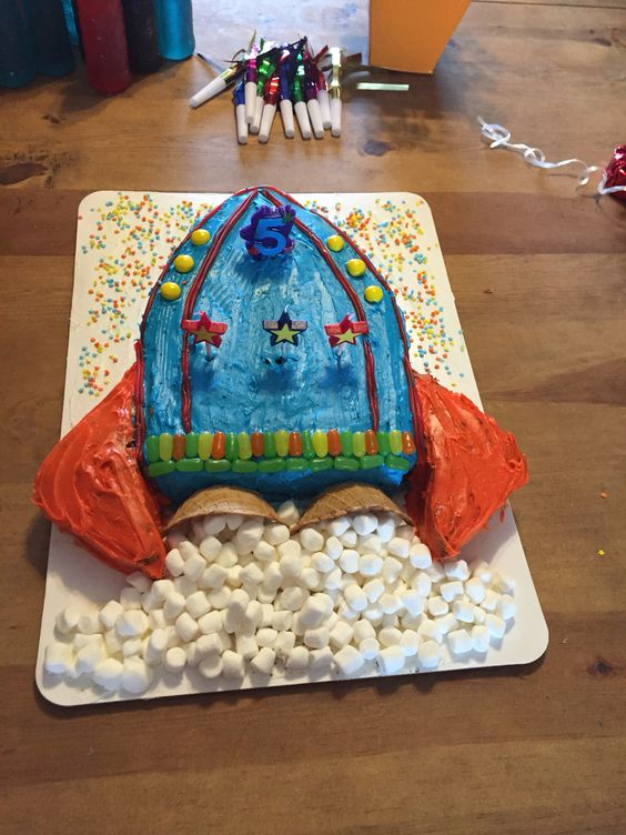 Outer space birthday- rocket ship cake