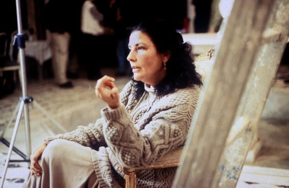 Moufida Tlatli (1947) Sidi Bou Said, Túnez. Filmografía: https://www.filmaffinity.com/es/search.php?stype=director&sn&stext=Moufida+Tlatli: