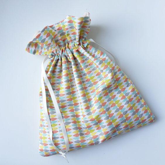 Petite pochette - Little menina