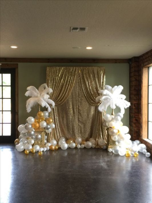 10 New Years Eve Decoration Ideas For The Ultimate Bash Masquerade Party Decorations New Years Eve Decorations Masquerade Ball Decorations