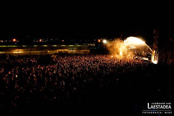 Aspecto del escenario Monster durante el concierto de Soziedad Alkoholika