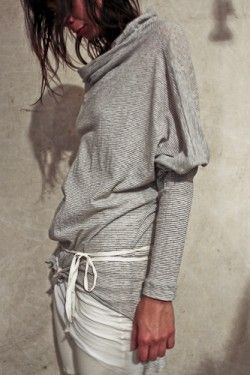 .: Niche Fashion, Fashion Gray, Loose Gray, Mandula Gallery, Mandula Grey, Casual Styles, Jersey Tops