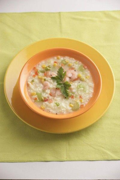 Bona Sopa con maicitos y camarones