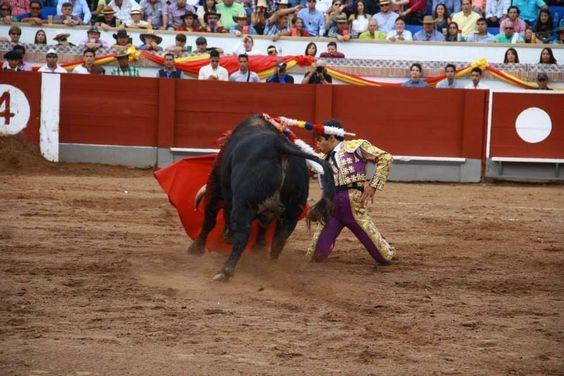 TORERIAS DE CHELIN: CESAR VALENCIA UN VOLCAN ENRUPCION ABRE LA PUERTA ...