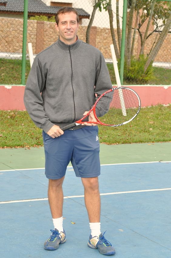 Great tennis instructor in São José dos Campos, Brazil. Alex ...