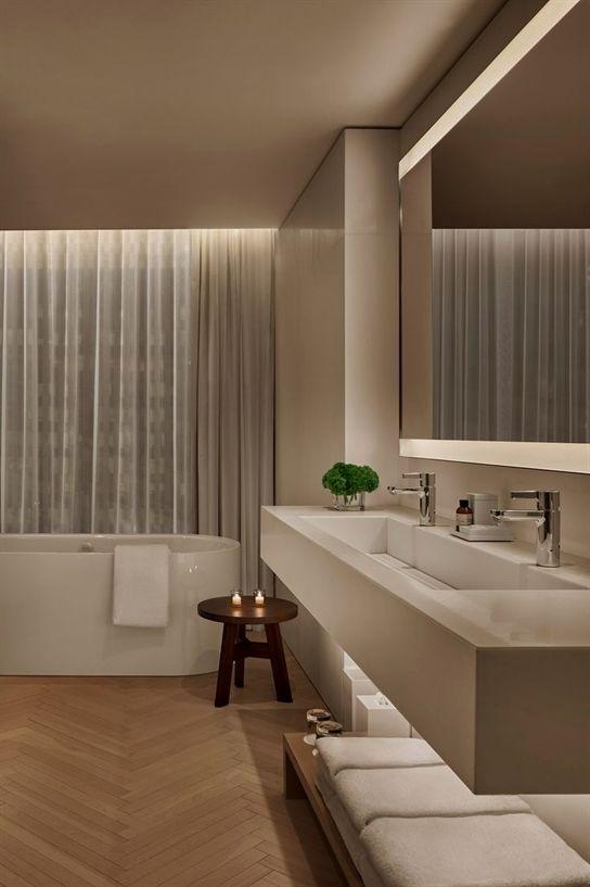 Pin Von Angelika Totschnig Auf Hotel Badezimmer In 2020 Badezimmereinrichtung Badezimmer Innenausstattung Badezimmer Design