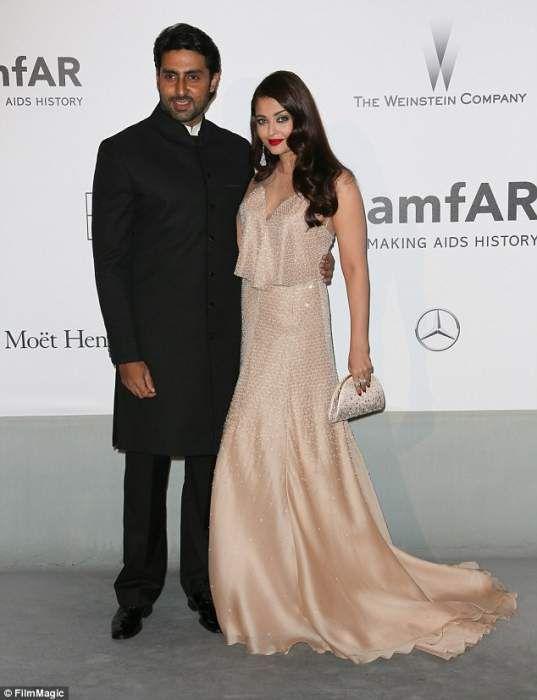 Aishwarya Rai Lifestyle Wiki Net Worth Income Salary House Cars Favorites Affairs Awards Family Bollywood Celebrities Elegant Dresses Perfect Dress
