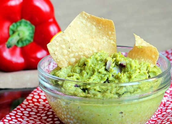 Avocado-Free Guacamole      8 oz asparagus (34-36 skinny spears, ends trimmed)      1 cup plus 2 tablespoons peas (I used 5 oz frozen, thawed)      2 tablespoons mayo-type spread (such as Veganaise or Nayonaise)      Juice of 1/2 a lime      1 1/2 tsp minced garlic      1/2 tsp cumin      1/8 tsp salt      2 tablespoons diced red onion      optional: 2 teaspoons dry cilantro      optional: sweetener if desired