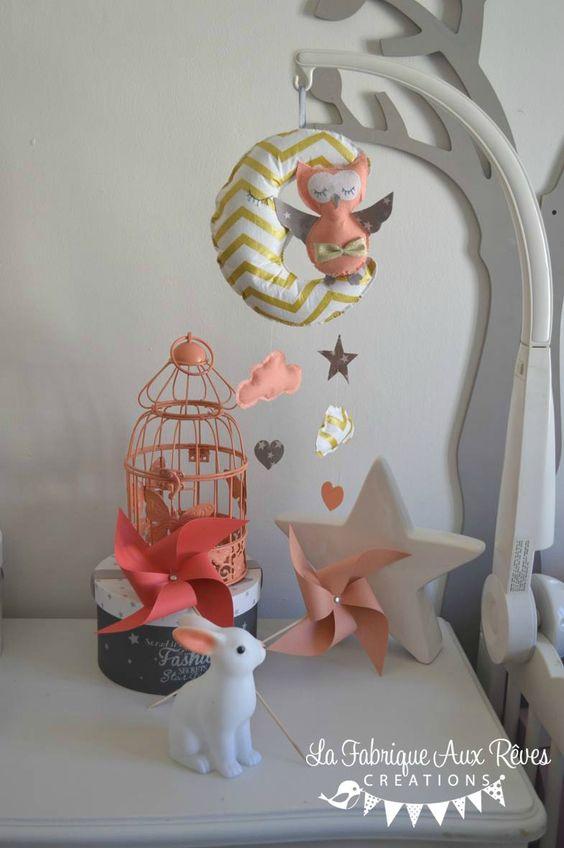 mobile bb lune chouette hibou corail abricot pche gris dor hibou toile chevrons dcoration chambre