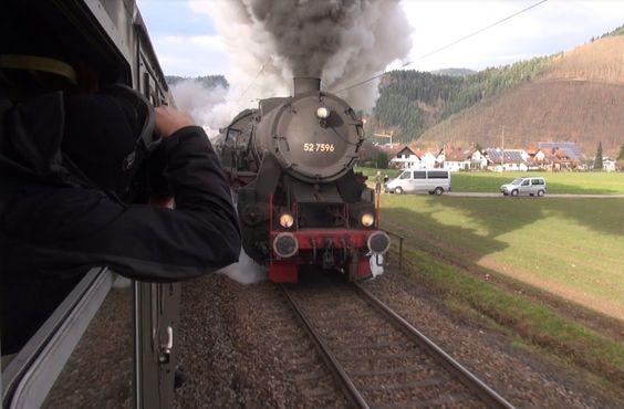 Dampflok voraus auf der Schwarzwaldbahn - Dreikönigsdampf 2014