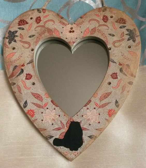 Decorative heart mirror with cat in Home, Furniture & DIY, Home Decor, Mirrors   eBay