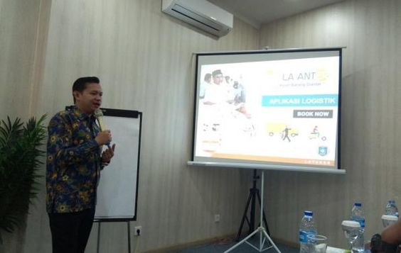 Boomer Representative at Indonesia SMEs event