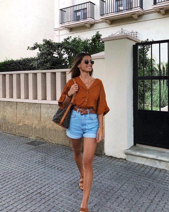 Looks com Shorts Jeans: Combinações para o Dia e para Noite [2019]