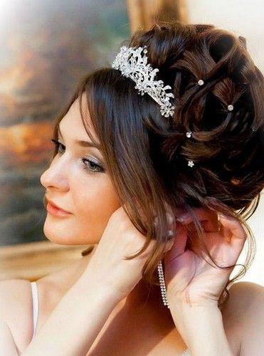 coiffure avec diademe - Coiffure Mariage Diademe