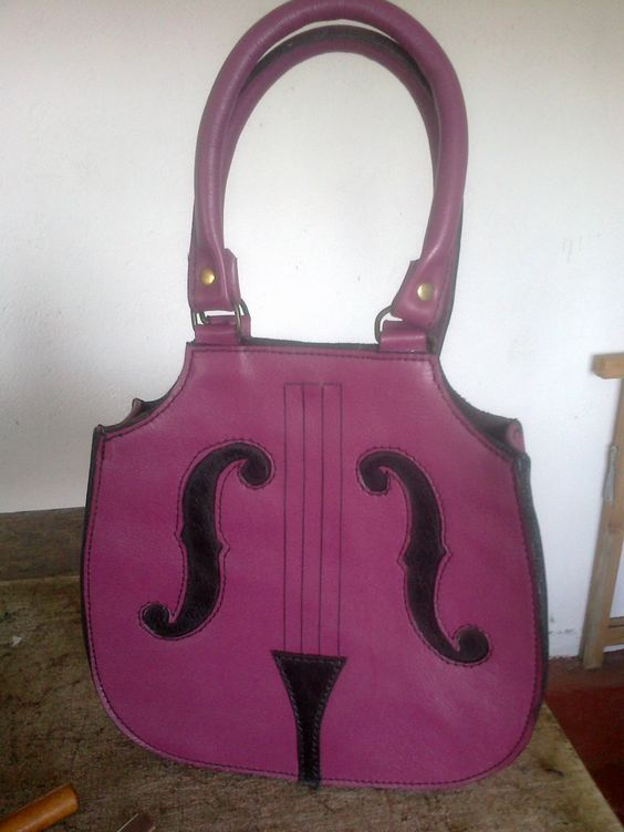 Bolso-chelo! #leather #cuero #bag #bolso #violonchelo #chello