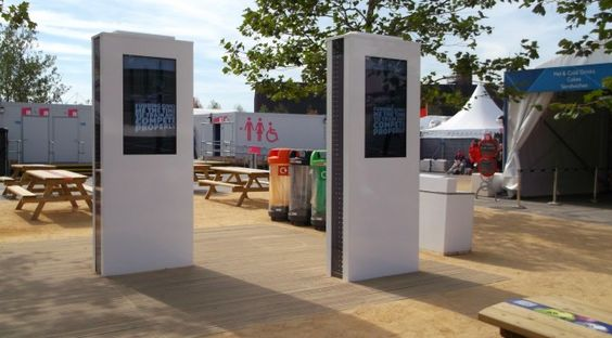 Floor standing sunlight readable digital signage enclosures