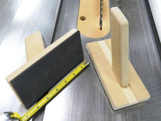 Push Block & Hold-Down Pad / Bloc poussoir & de maintien à tampon antidérapant