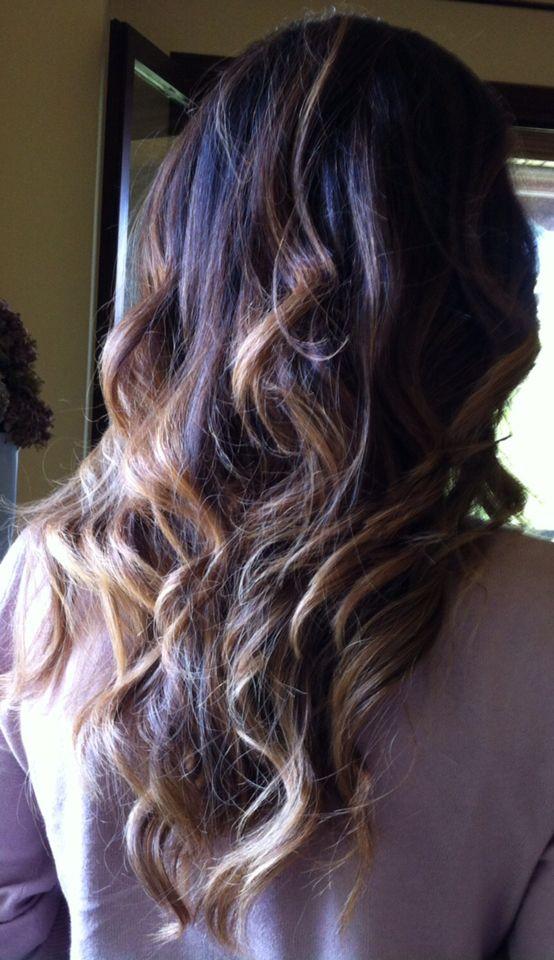 Golden waves hair