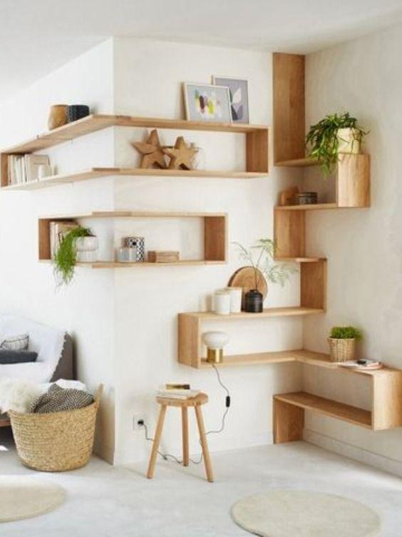 Studio Nos 8 Astuces De Rangements Pour Optimiser Les Espaces Deco Maison Interieur Meuble D Angle Deco Maison