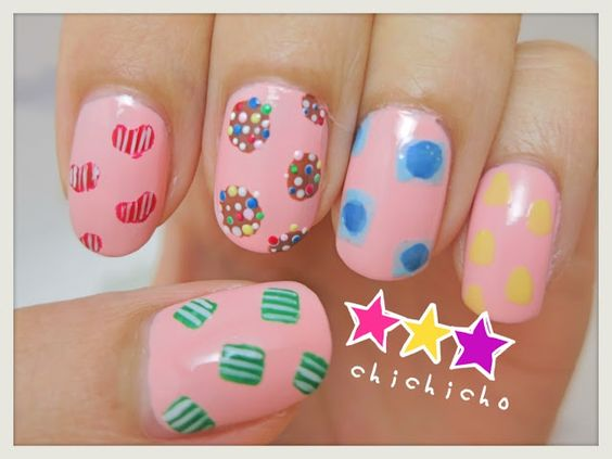 Video: Candy Crush Nail Art | chichicho~ nail art addicts