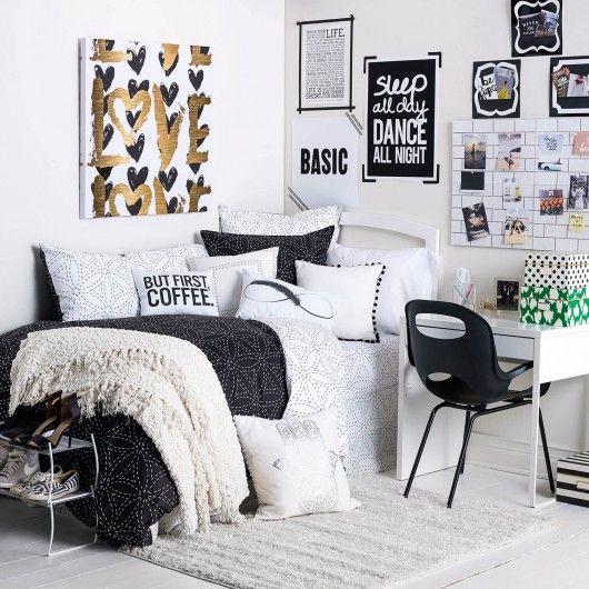 Simple and basic dorm room decor!