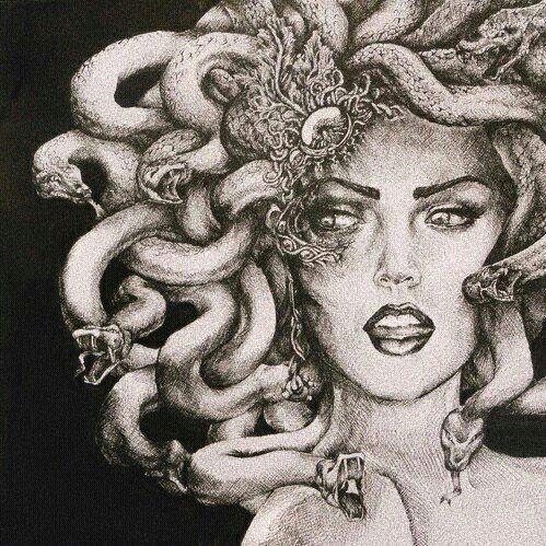 Pin De Loregra En Tattoo Design Arte De Medusas Mitología Dibujo Medusa