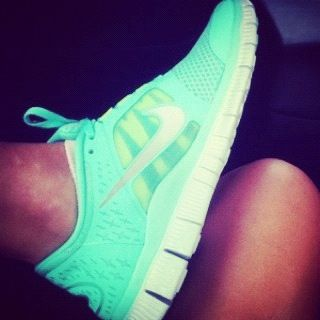 I seriously NEED new running shoes. I want these.