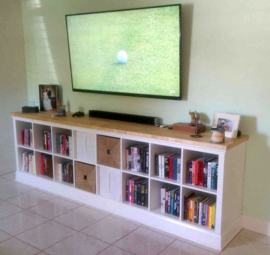 Built-in EXPEDIT entertainment center